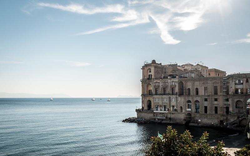 Palazzo Donn'Anna - Napoli