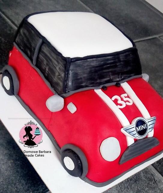 Mini Cooper Car Cake by Barbara Ciastadomowe