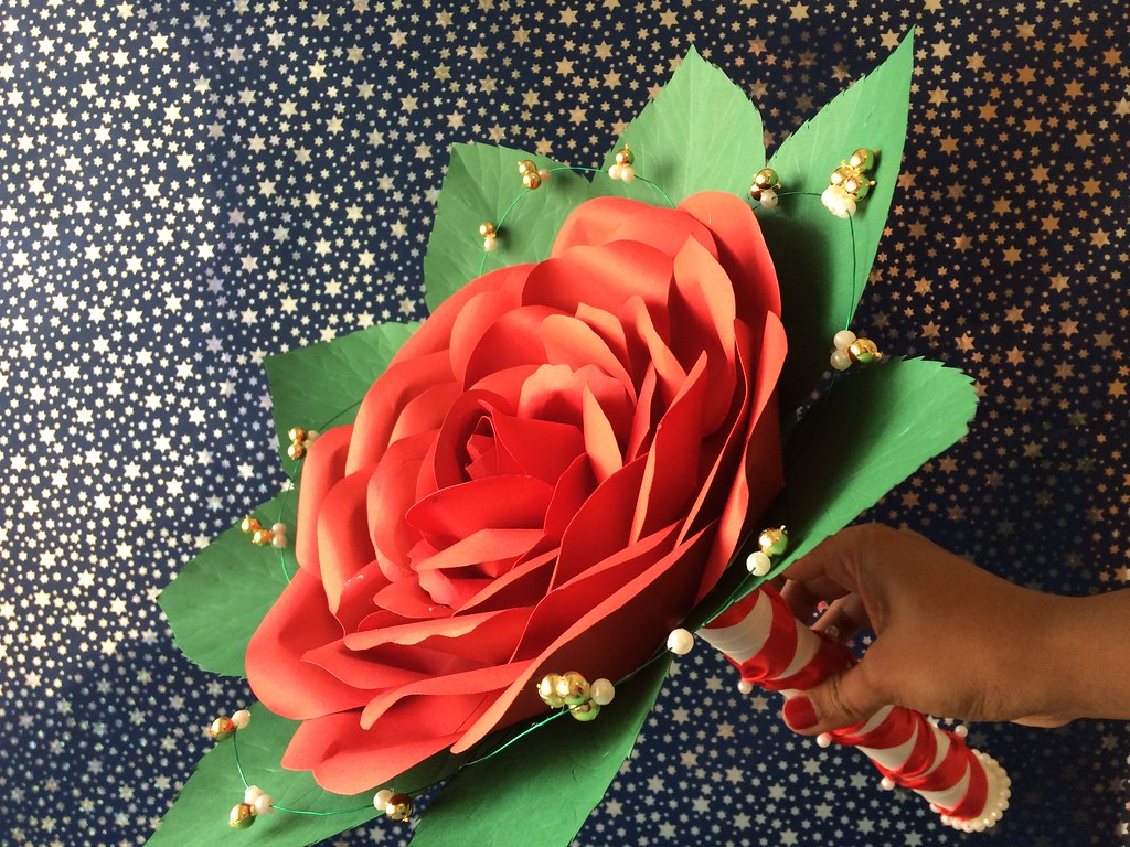 Elegant and Inexpensive Wedding Flower bouquet : Rose Composite wedding paper flower bouquet
