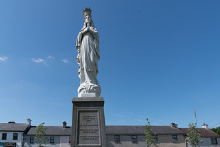 MARIAN STATUE IN KILKENNY [BESIDE THE CATHOLIC CATHEDRAL]-127758
