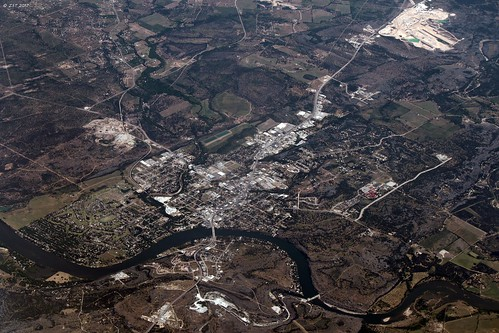 aerial aerialview burnetcounty city coloradoriver commercialflight flight houstontolosangeles iahtolax marblefalls river texas town united unitedairlines vacation vacationdestination windowseat zeesstof