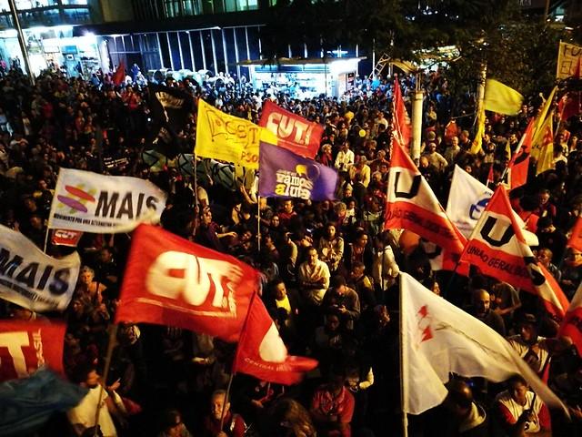 Dirigentes de movimentos populares e integrantes das frentes Povo Sem Medo e Brasil Popular deram entrevista após coletiva de Temer - Créditos: Isis Medeiros