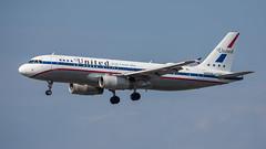 United Airlines N475UA pmb19-1590