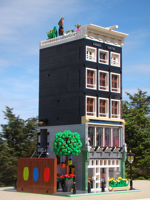 Amsterdam Pizza House - Custom Lego Modular Building