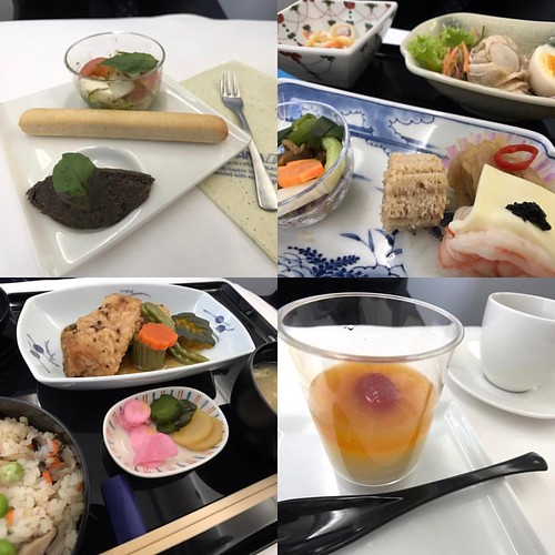 ANA機内食 Bangkok〜Haneda 和食も3月と同じだった。美味しくない。 #機内食 #anaビジネスクラス機内食