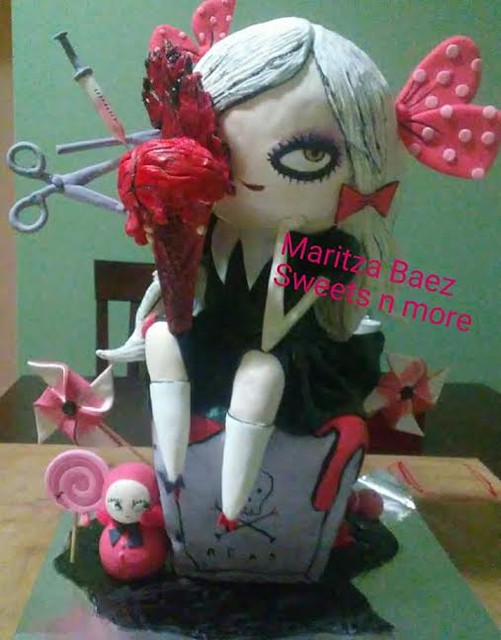 Cake by Maritza Baez of Sweets n more.