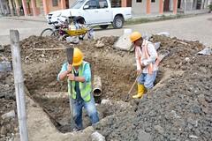 Construyen cajetines y pozos en calle 24 de Mayo Chone