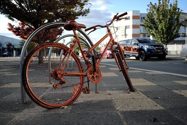 The Orange Bike...نارنجی سائیکل