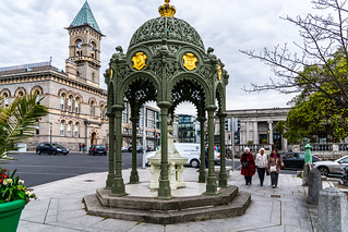 THE 1900 QUEEN VICTORIA MEMORIAL FOUNTAIN [LOCATED IN DUN LAOGHAIRE]-127201