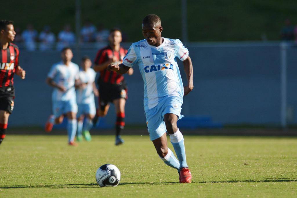 Gustavo Oliveira_011