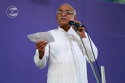 Poem by Om Prakash Omi from Sant Nirankari Colony, Delhi