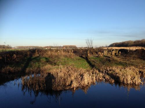 zuidholland wandelen sloot nederland land waterwegwerfenhaven travel weide wegenwaterbouwkwerken holland netherlands niederlande delft