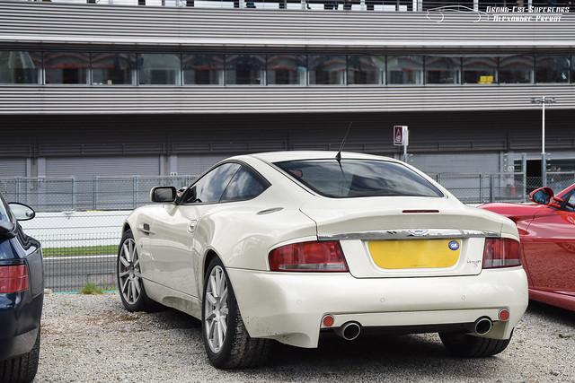 Aston Martin Vanquish S (Mk1)