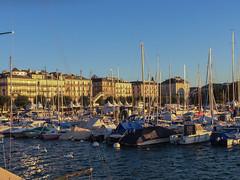 Coucher de soleil sur les quais de Genève