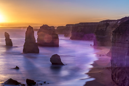 holiday-packages-hotels-travel-agency-twelve-apostles-australia