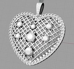 AU0044-HeartShapePendant01
