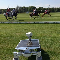 Horse power or solar power? Royals or Rover? Princes or @ptscientists ? ;) #missiontothemoon :rocket::waning_gibbous_moon:#mttm #alq #audilunarquattro #AudiPolo #princeharry #princewilliam #latergram #nofilter #horseplay #polo #audipolo2017