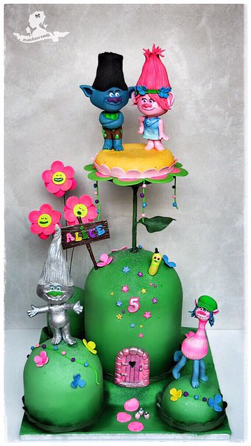 Cake by Joane Chopard of Mademoiselle fait des gâteaux