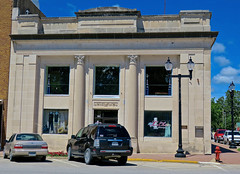 First National Bank, Mt. Pleasant, IA