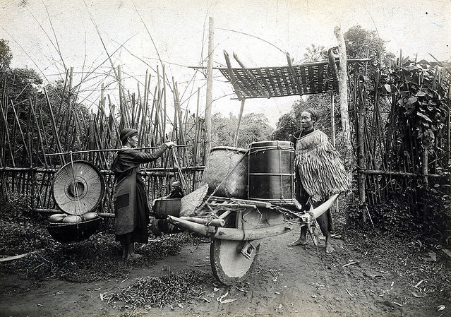 Two Vietnamese from Tonkin carrying food by rudimental means. 1880