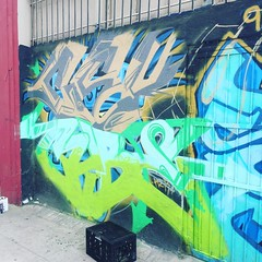 @the_vermontart_district_ rocking with Cube #graffrootscrew #graffroots #graffrootslosangeles #cube #cero157 #graffitimylifestory #graffitilosangeles #losangeles #southcentralla @graffroots