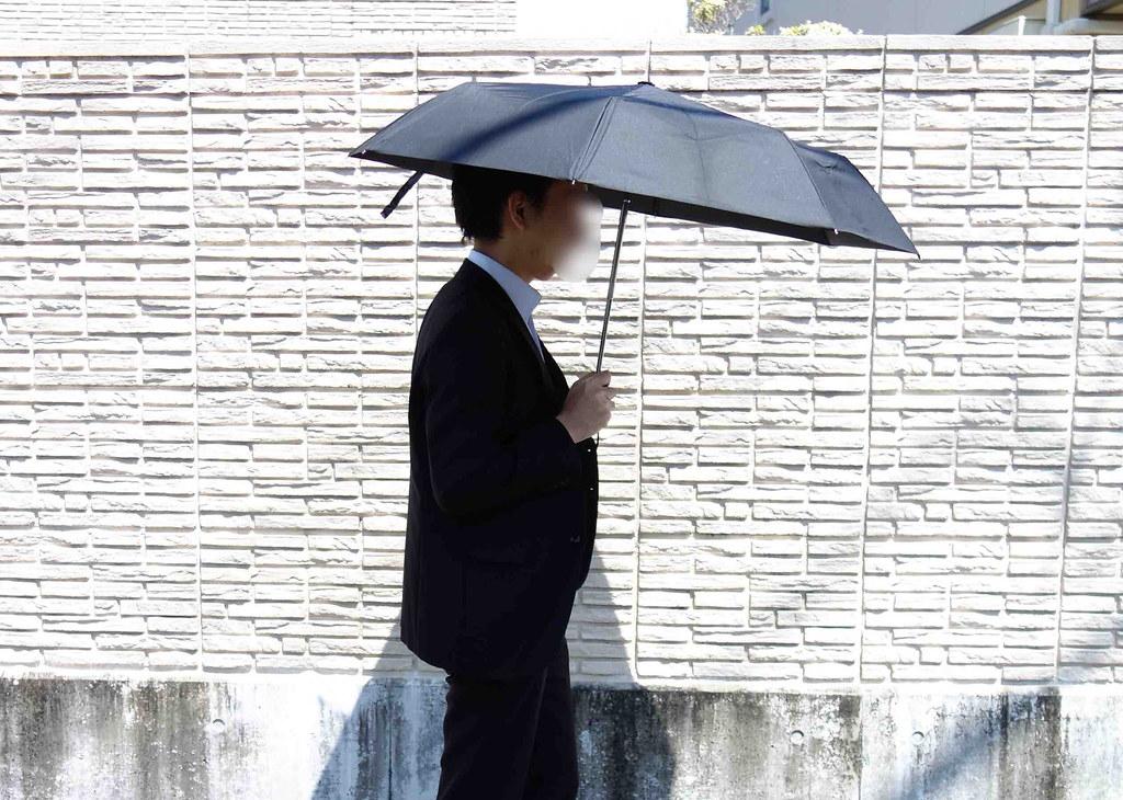 普通の折り畳み傘使用