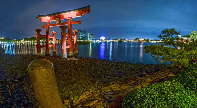 Pagoda and SSE Epcot night