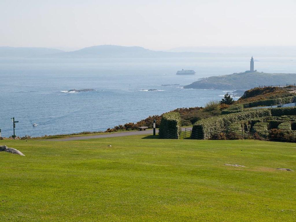 Subir para tener buena vista. #Coruña #Sanpedro #olympus #photography #torredehercules