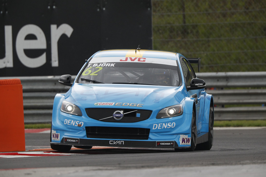 62 BJORK Thed (swe), Volvo S60 Polestar team Polestar Cyan Racing, action   during the 2017 FIA WTCC World Touring Car Race of Hungary at hungaroring, Budapest from may 12 to 14 - Photo Frederic Le Floc'h / DPPI