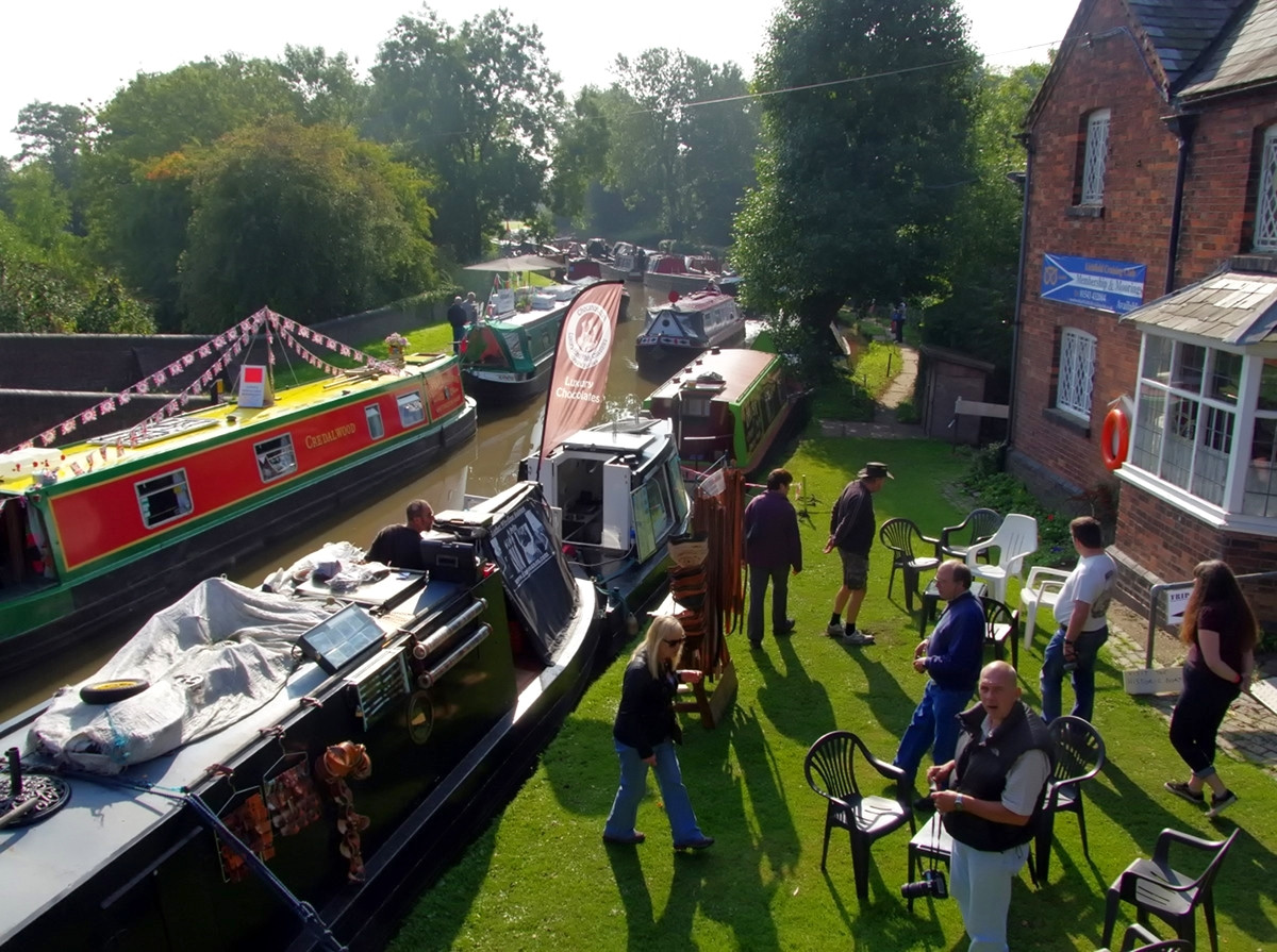 Huddlesford Canal Gathering, Lichfield. Credit Donald Judge, flickr 2