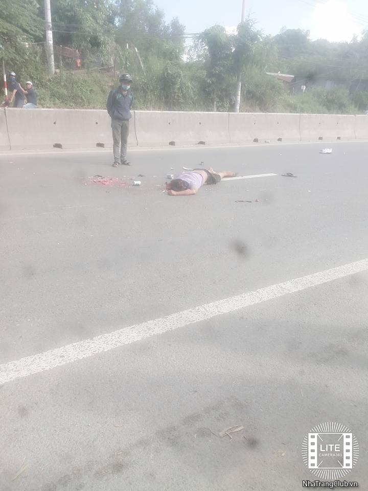 {Hot} Tai nạn tại xã Vĩnh Phương,Nha Trang (gần Ngã 3 Nhà Máy Sợi )