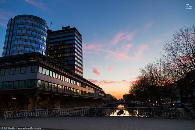 Amanecer en Amsterdam