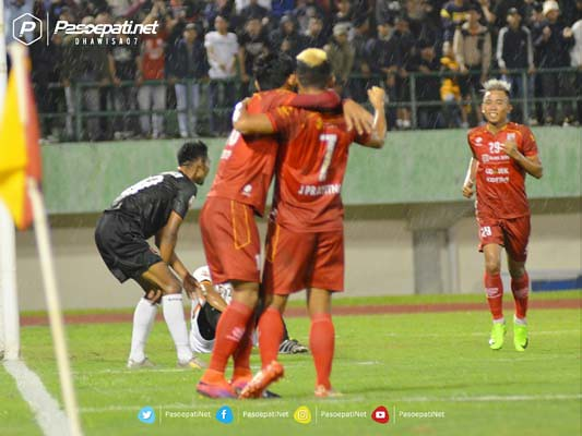 PERSIS SOLO VS PPSM (9)
