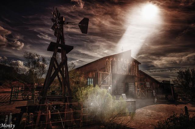 Apache Land, Arizona