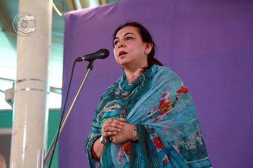 Devotional song by Parnita from Sant Nirankari Colony, Delhi