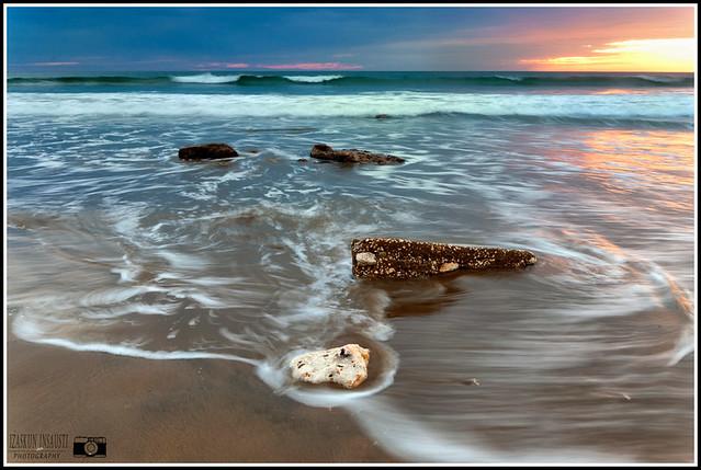 El mar y el atardecer.