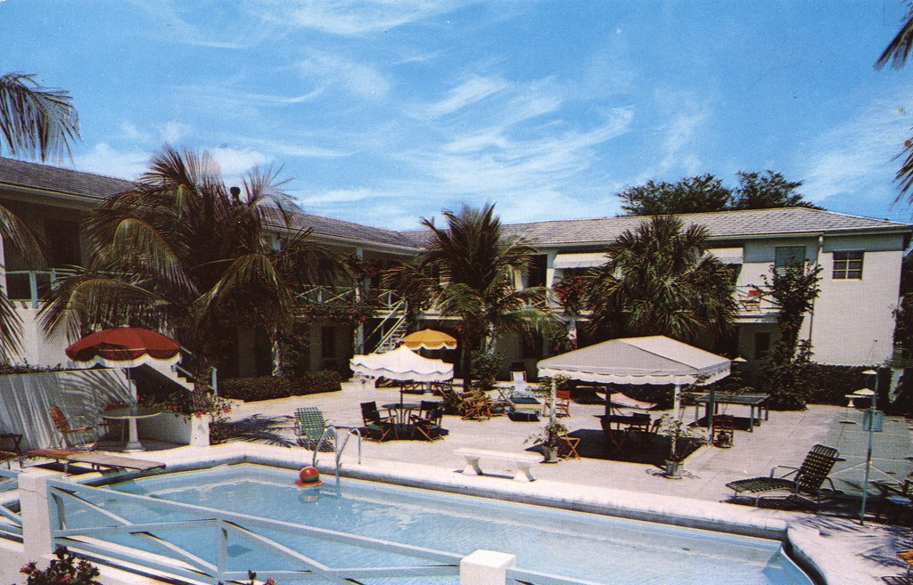Holiday House Hotel and Coffee Shop - Lake Worth, Florida