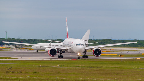OE-LPD Austrian Airlines Boeing 777-2Z9(ER)