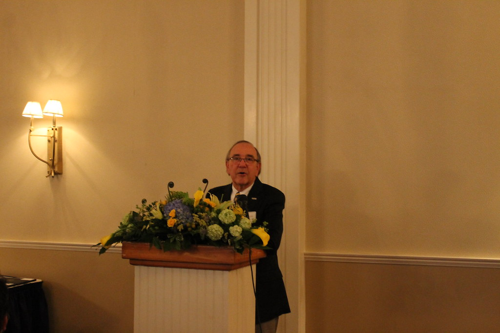 Dr. Michael Schneider, President of the SMD Alumni Council