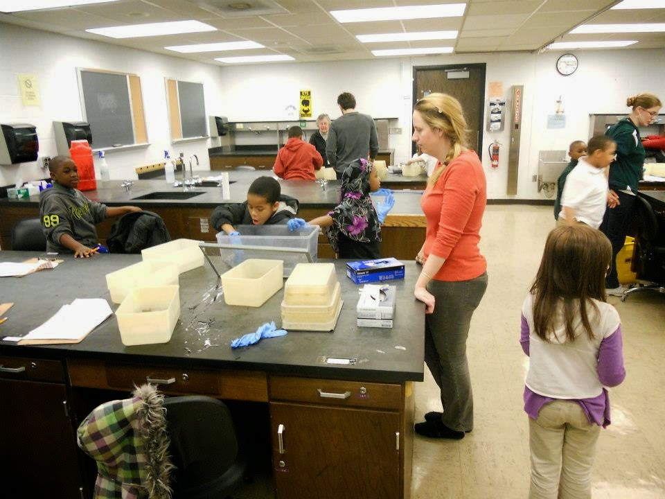 3rd Grade Students Visit The Jumping Frog Lab