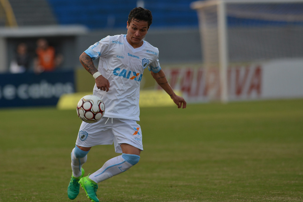 Gustavo Oliveira_016
