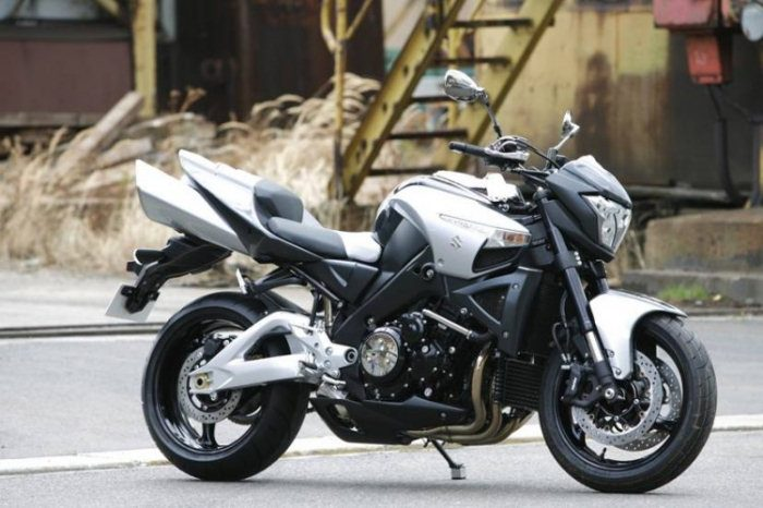 Suzuki B-KING 1300 2007 - 33
