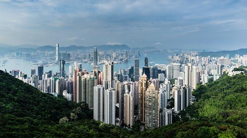 2017 birdsview central hongkong kowloon panoshot panorama panoramaview panoramablick peak sonya7m2 sonya7mii sonya7mark2 sonyilce7m2 thepeak victoriaharbour vogelperspektive wanchai vonoben sonyfe1635mmf4zaoss hongkongisland