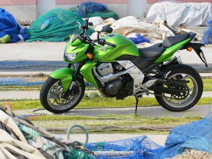 Kawasaki Z 750 2011 - 33
