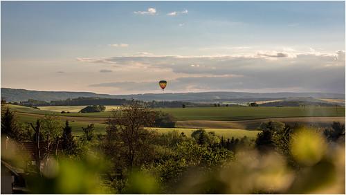 balloonflight grün green vista germany german deutschland deutsch eichsfeld landkreis eic canoneos5dmarkiv frühling spring nachmittags afternoon ef70200mmf4lisusm