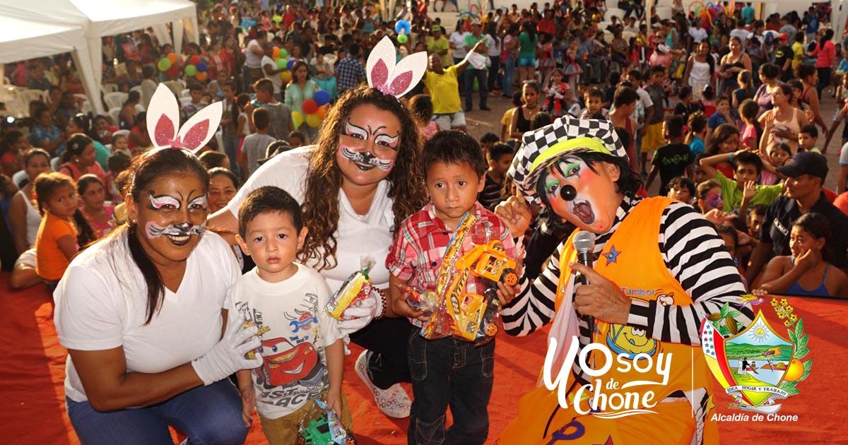 Niños y niñas recibieron homenaje en su día internacional