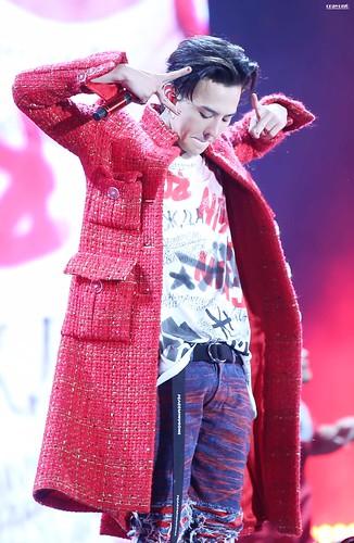 G-Dragon ACT III MOTTE in Seoul 2017-06-10 (63)