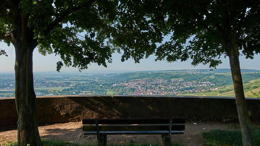 Blick vom Scharlachberg-Rondell auf Münster-Sarmsheim