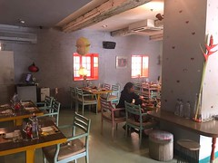 GUPPY,Address: 28, Main Market, Lodhi Colony, New Delhi, Delhi 110003