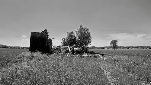 (The old Barn) This is the End